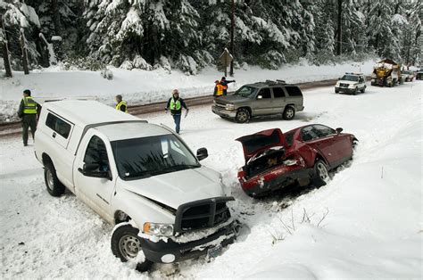 car crash description file weather related multi car crash 5495544216 jpg wikimedia commons