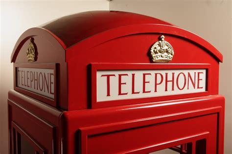 cabina inglese cabina telefonica in legno idea arredo