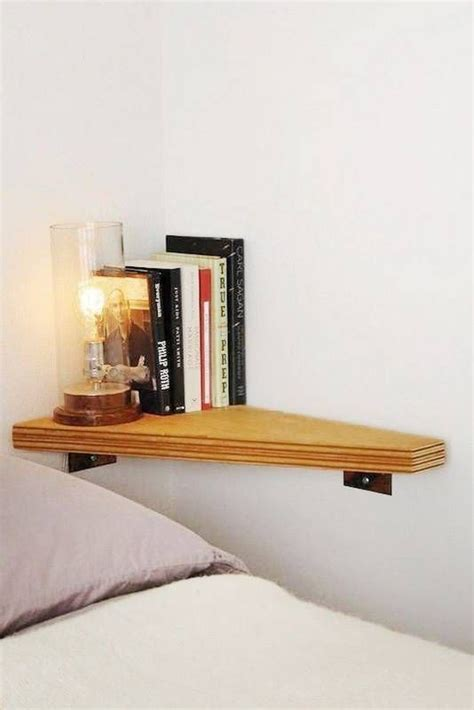 wall mounted bed light