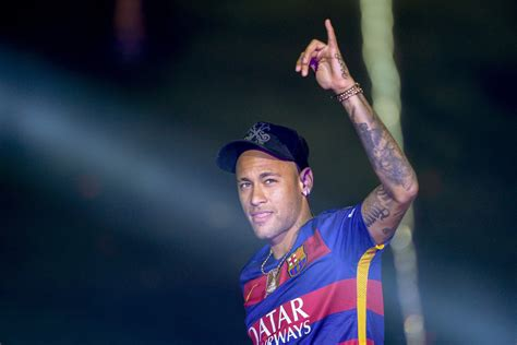 neymar s barcelona transfer news neymar s father rules out real
