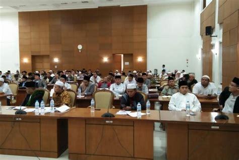 pendirian yayasan di indonesia ini 3 prinsip agar ekonomi pesantren bangkit republika