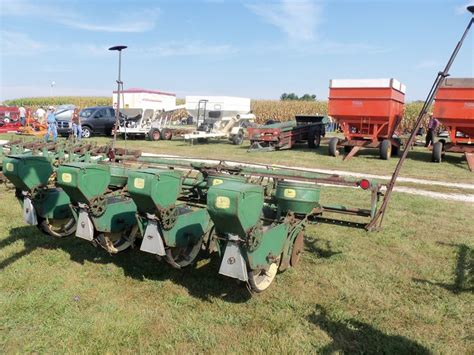 Deere 4 Row Corn Planter by Deere 495 A 4 Row Corn Planter Country Livin
