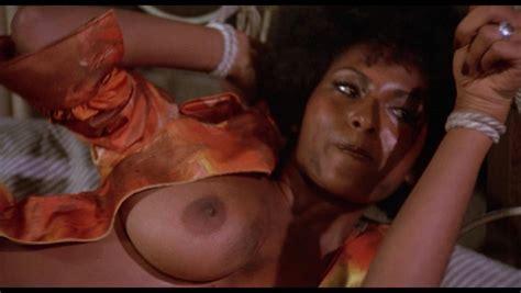 Foxy brown sex scenes