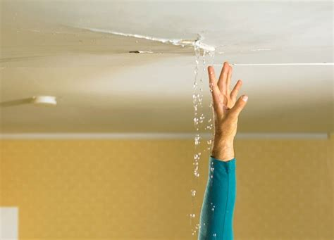 Leak Bathtub Damaging Ceiling Below by Water Leaking From Ceiling Bathroom Causes Effect