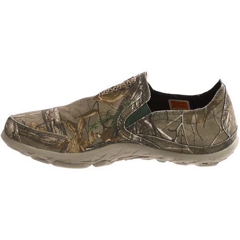 realtree mens slippers cushe slipper realtree 174 xtra camo shoes for 9284t