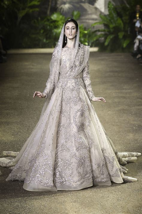 Elie Saab's Wedding Dress For Spring 2016   Arabia Weddings