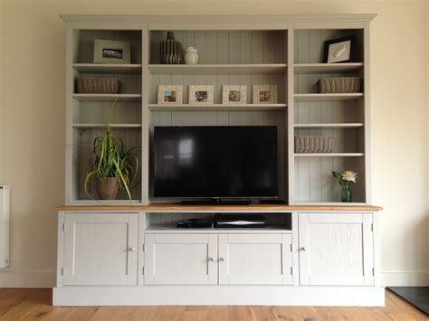 GEORGEOUS 7FT PAINTED TV UNIT / DRESSER   NEST AT NUMBER 20