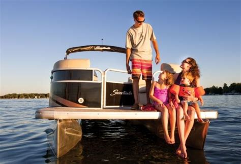 boat brands beginning with p nautic global group rs up production pontoon deck