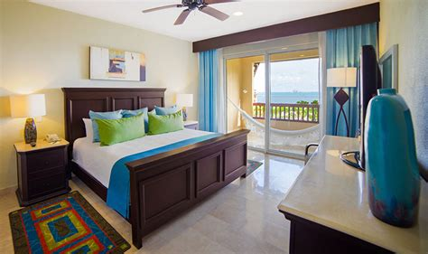 hotels that offer 2 bedroom suites two bedroom suite villa del palmar cancun