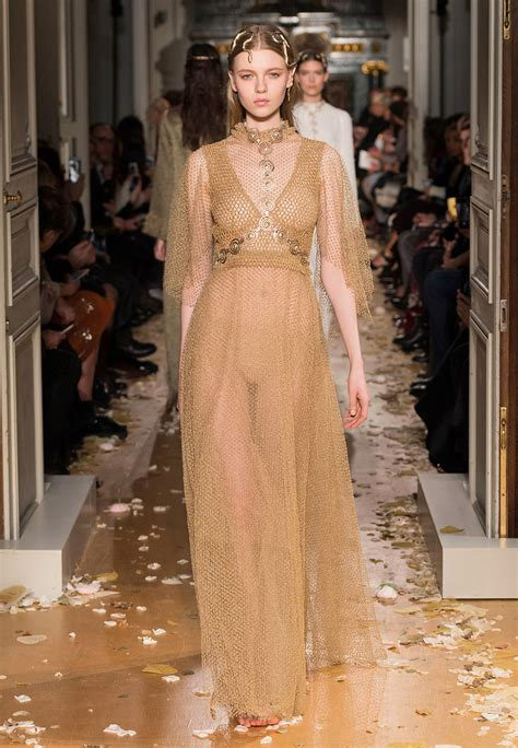 Harumi Sheer Dress valentino summer 2016 haute couture collection fashion trendsetter