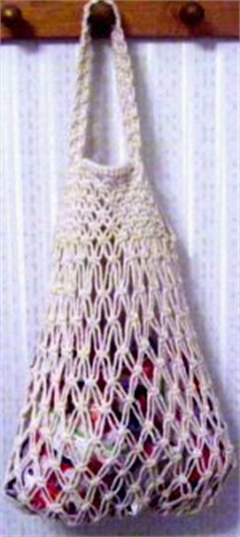 Simple Macrame Patterns - simple net macrame tote bag using basically just square