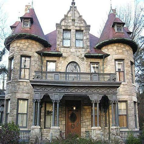 gothic victorian homes 25 best ideas about victorian houses on pinterest