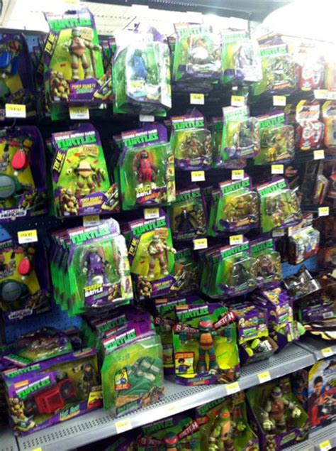 walmart hunting section tmnt toys at walmart early september 2014 comic