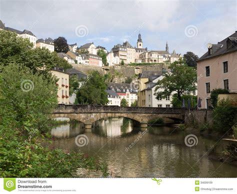 imagenes libres ciudad ciudad de luxemburgo con el r 237 o alzette im 225 genes de
