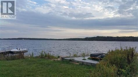 lakefront cottage for sale near lawrencetown