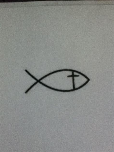 jesus fish tattoo behind ear 1000 ideas about jesus fish tattoos on pinterest fish