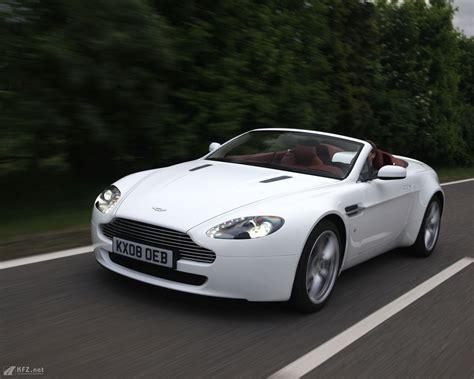 Aston Martin Spider by Aston Martin Spider V8 Bilder Der Supersportwagen