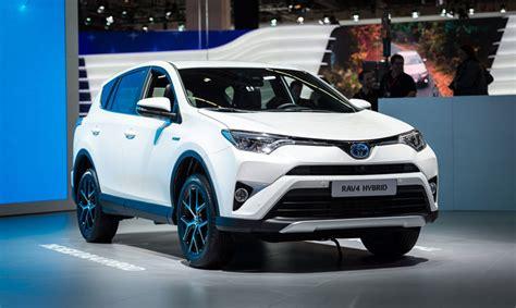new toyota hybrid new toyota rav4 hybrid debuts at frankfurt motor show