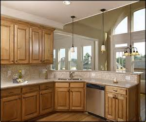 Good Colors For Kitchens With Oak Cabinets by Popular Kitchen Colors With Oak Cabinets Home Design Ideas