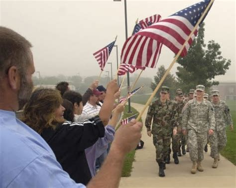 smithsk welcome home troops