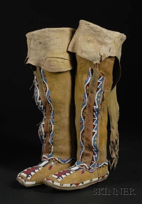 beaded moccasin tops 17 best images about hightop moccasins on high