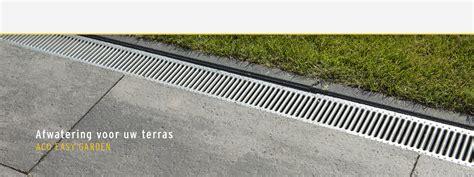 afvoerput tuin waterafvoer voor uw terras afvoergoot drainage