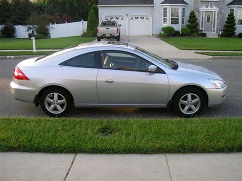Two Door Accord by Find Used 2003 Honda Accord Ex Coupe 2 Door 2 4l In