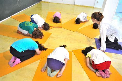 tutorial de yoga para niños escuela de yoga para ni 195 177 os