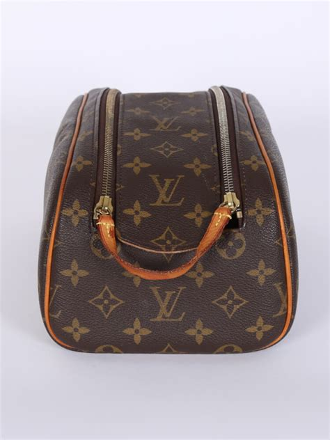 louis vuitton king size toiletry bag monogram canvas