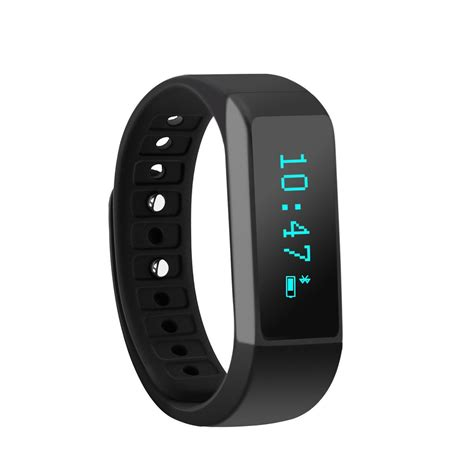 Top 10 Activity Trackers of 2015 To Keep You Healthy And Fit