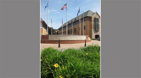 Richard Devos Graduate School Of Management Mba by Grand Valley State Richard M Devos Center