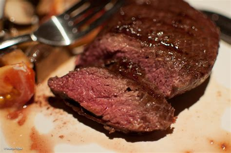 how to prepare a medium rare steak