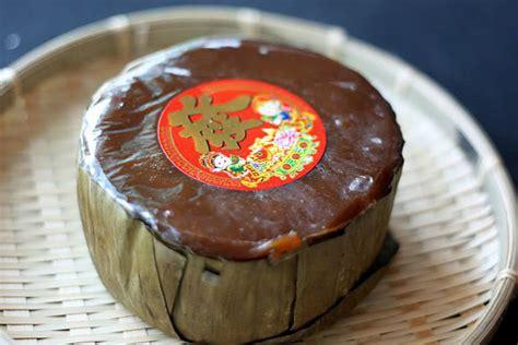 malaysia new year cake sugar everything nian gao or sticky rice cake