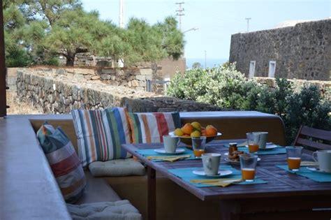 pantelleria volo e soggiorno pacchetto natura volo noleggio vivere pantelleria