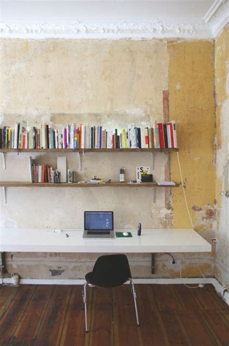 20 Diy Desks That Really Work For Your Home Office Wall To Wall Desk Diy