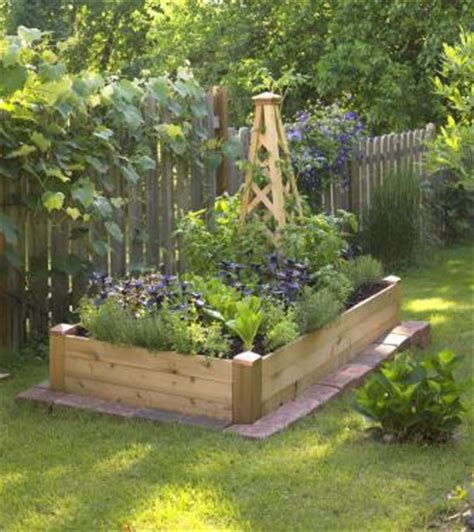 small space gardening build  tiny raised bed midwest