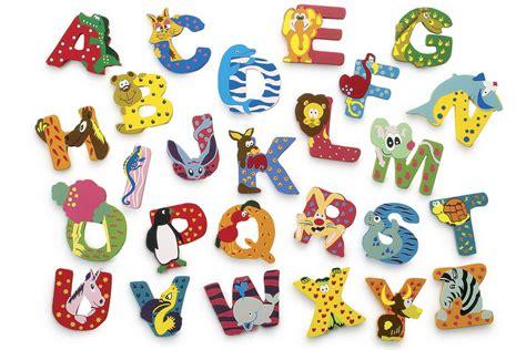 lettere in legno per bambini filastrocche per bambini sulle vocali e l alfabeto