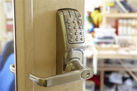Changing A Bedroom Door Lock Keyless Entry Door Locks Which Is Best Codelocks