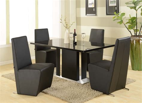 black kitchen table and chairs