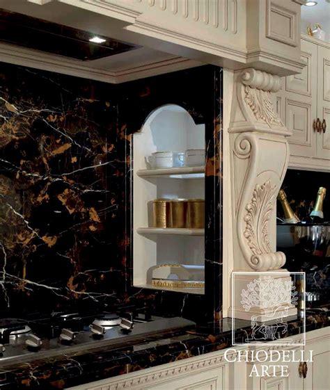 tagli in cucina una cucina dal taglio classico interior design paghera