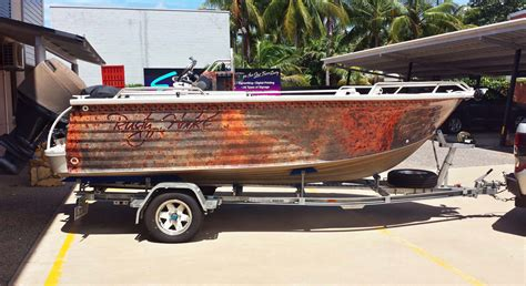 xpress boat graphics boat graphics full wrap express signs