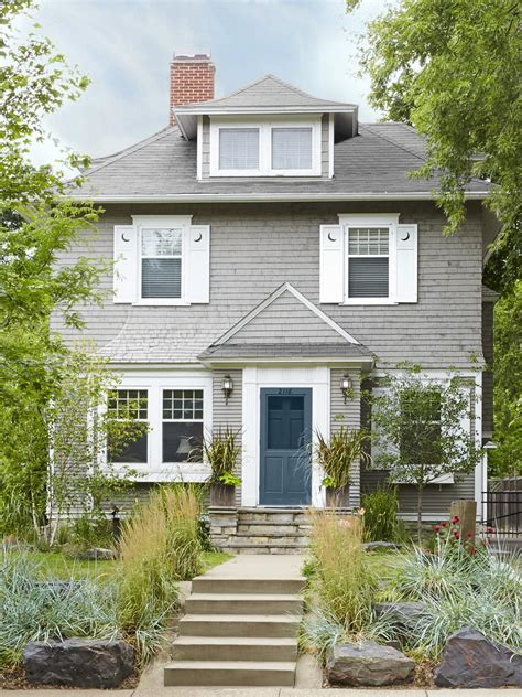country landscaping ideas hgtv the homeowner mary shanesy bought her minneapolis mn home