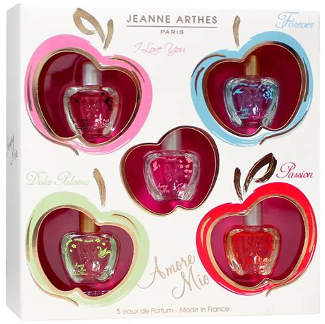Jeanne Arthes Gift Set jeanne arthes amour mio minatures 35ml gift set the