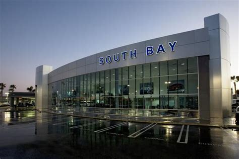 South Bay Ford Lincoln car dealership in Hawthorne, CA