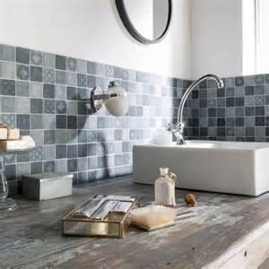 Merveilleux Leroy Merlin Carreaux De Ciment #6: Coup-de-coeur-pour-ce-carrelage-mural-esprit-carreaux-de-ciment-dans-la-salle-de-bains_5654743.jpg