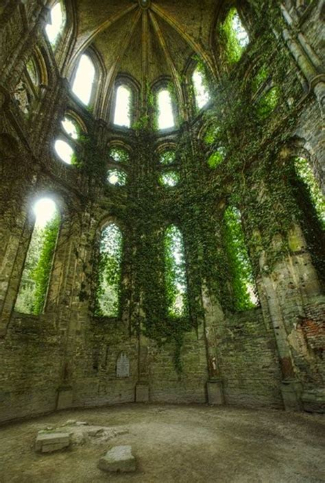 Beautiful Abandoned Places | 30 of the most beautiful abandoned places and modern