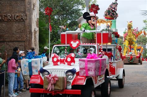 christmas parade jeep 21 best i jeeps images on pinterest jeep dodge jeep