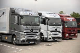 Mercedes Truck And Car Wallpaper Car Pictures New Mercedes Actros 2013