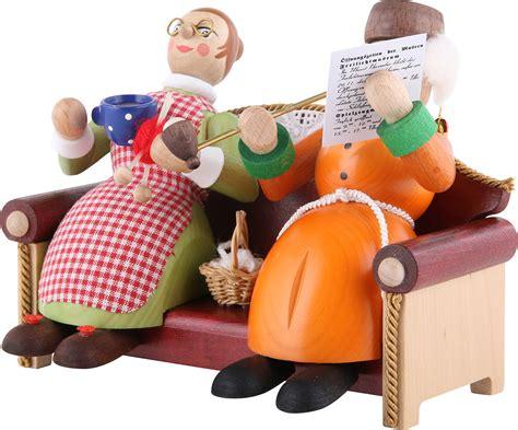 oma und opa saßen auf dem sofa r 228 ucherm 228 nnchen oma und opa auf sofa 13 cm richard
