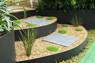 Aluminium Landscape Edging Uk Give Your Garden Metal Garden Edging Carehomedecor